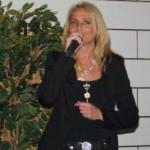 Christa zingend
